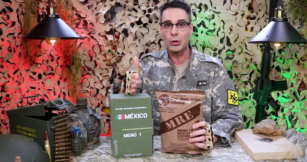 Probando comida militar, Curiosidades con Mike.