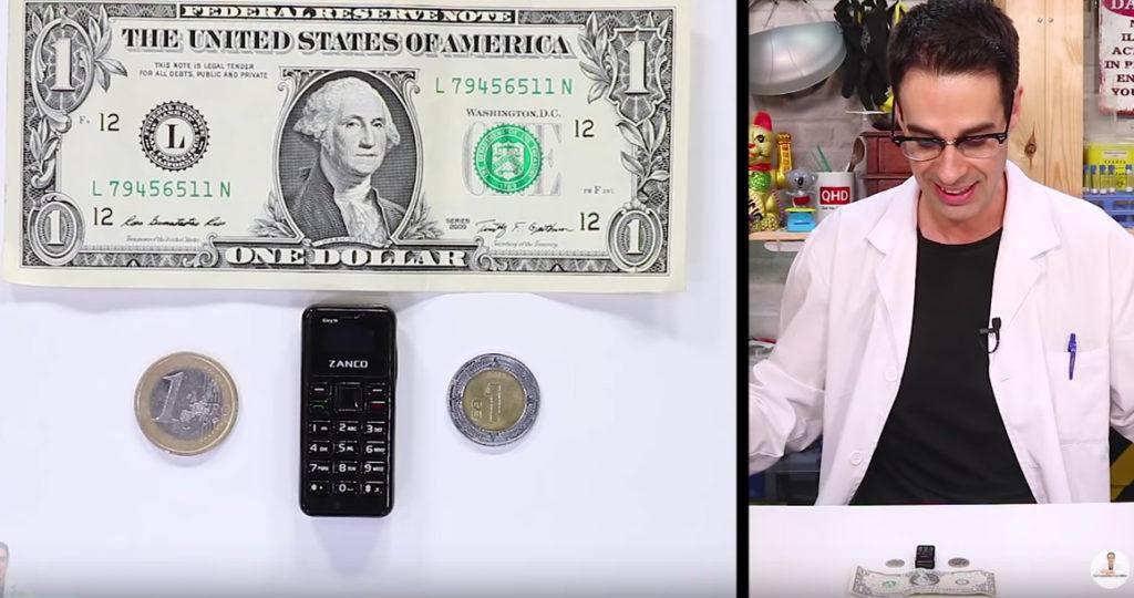 El móvil más pequeño del mundo.